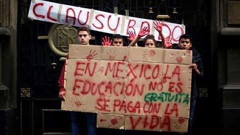 В Мексико образованието не е безплатно, то се плаща с живота.