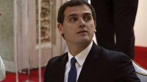 """Алберт Ривера каза на Рахой, че на първо гласуване """"Сюдаданос"""" ще са против, но на второ ще се въздържат."""