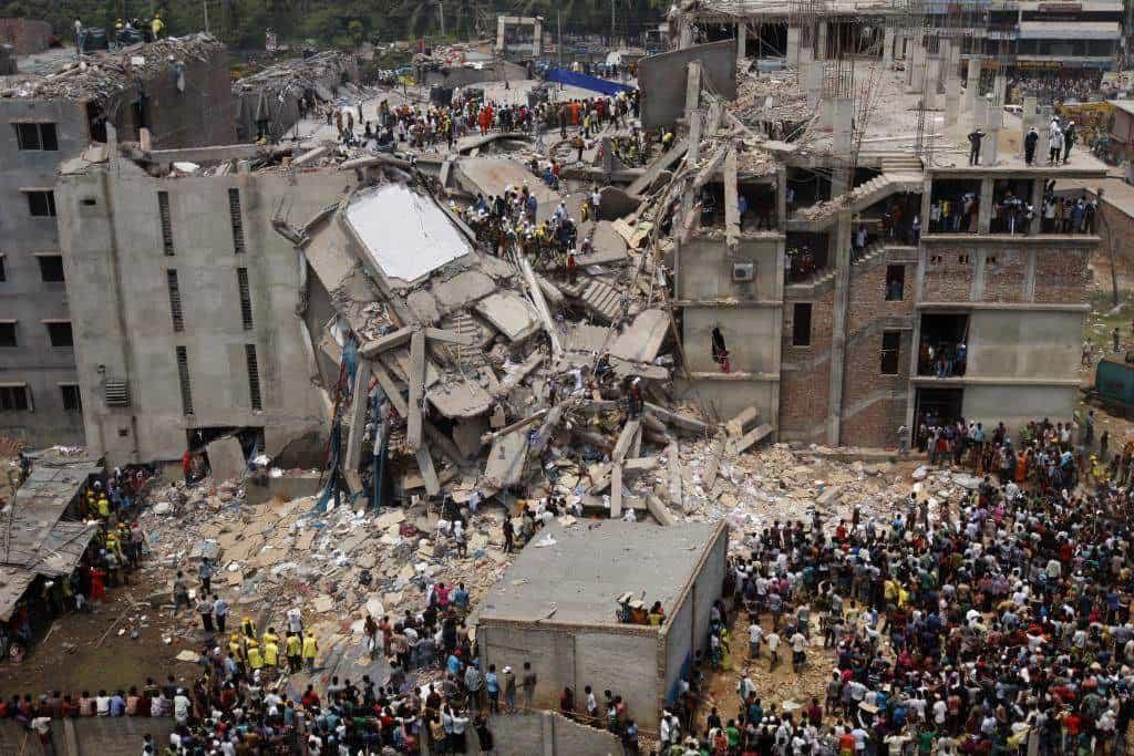 Трагедията в Бангладеш коства живота на 1134 души