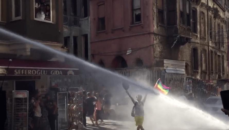 gay-pride-истанбул