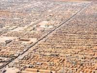 Лагерът Заатари в Северна Йордания. Само тук живеят 80 000 бежанци, почти полвината, от приетите във Великобритания Снимка: wikimedia commons
