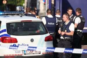 Белгийската полиция е на крак в Шарлероа и Лиеж
