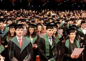 След Хипократовата клетва повечето млади медици гледат по-бързо да си тръгнат от България
