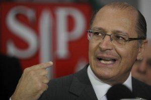 """Губернаторът на Сао Пауло Жерардо Алкмин стана """"катапулт"""" за кметската победа на Дориа и очаква от него отплата за собствената си президентска кампания през 2018-та"""