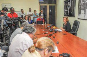 Хосефина Видал по време на пресконференцията в Хавана