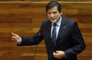 Премиерът на Астурия Хавиер Фернандес поема временното управление на ИСРП