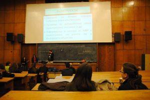 Дискусия за бъдещето в една от окупираните аудитории на СУ. Снимка: Барикада