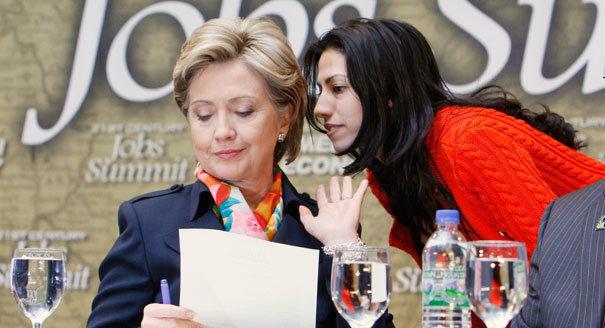 Хюма Абедин е един от най-близките помощни на Клинтън