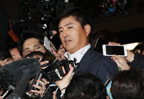 Сред привиканите на разпит в прокуратурата бе и жиголото Ко Йон Тхе