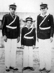 Тримата братя Кастро през 1941 г.–Фидел, Раул и Рамон