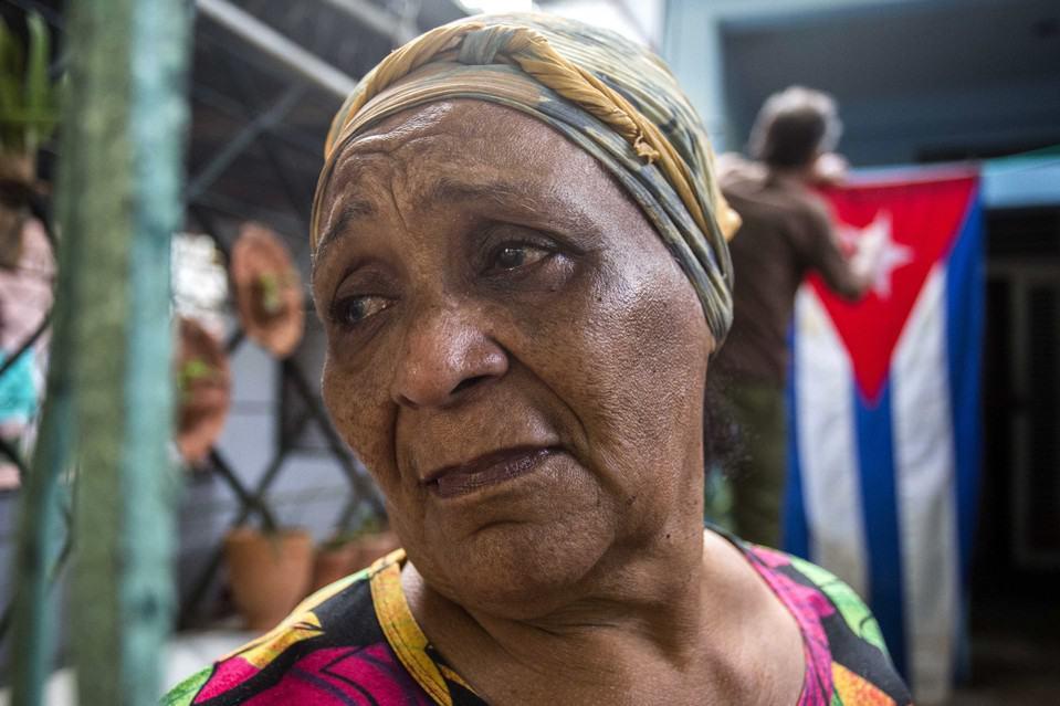 Рафаела Варгас, една от многото кубинки с насълзени очи за Фидел тези дни