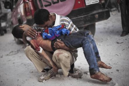 Организацията на палестинците в Сирия извести за гибелта на 184 палестински бежанци, сред тях и 21 деца, в сирийския бежански лагер Ал-Ярмук