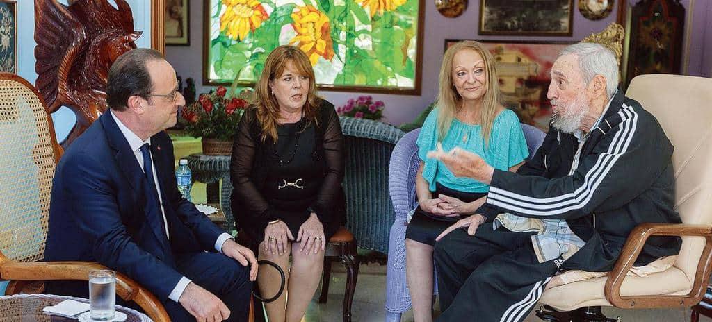 По време на гостуването си в Куба миналата година Франсоа Оланд гостува и в дома на Фидел Кастро