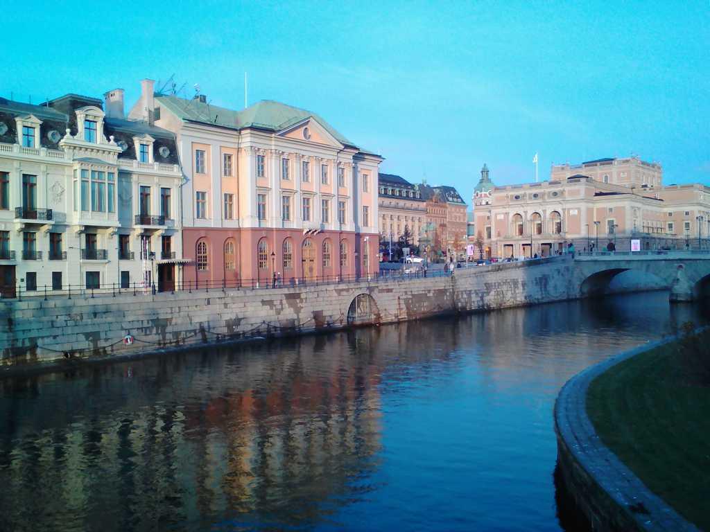 Неслучайно и Стокхолм е сред градовете, наричани Северната Венеция