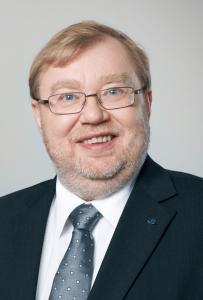 Бившият естонски премиер Март Лаар е въвел плоския данък, след като погрешно е приел, че идеите на Милтън Фридман са реализирани на Запад
