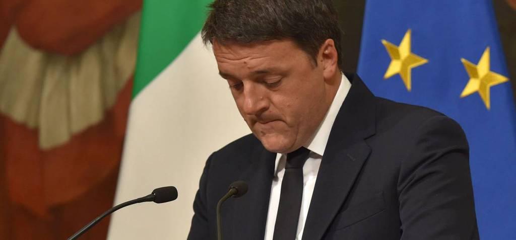 Матео Ренци обявява оставката си след оповестяване на първите резултати от референдума, които показаха поражението му