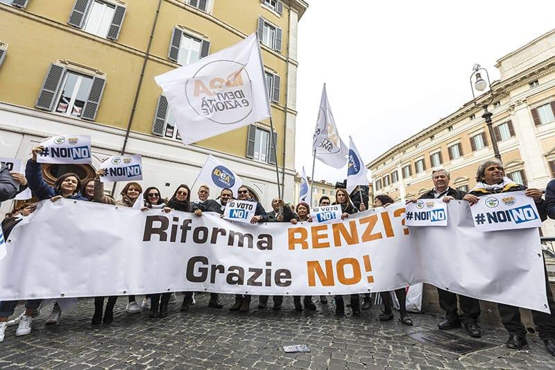 Демонстрация на противниците на референдума в Рим