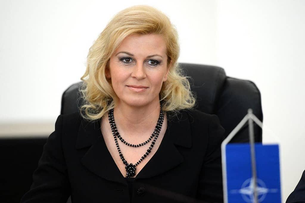 Президентката на Хърватия Колинда Грабар-Китарович уверява, че превъоръжаването нахърватската армия с американско оръжие не било насочено срещу Сърбия