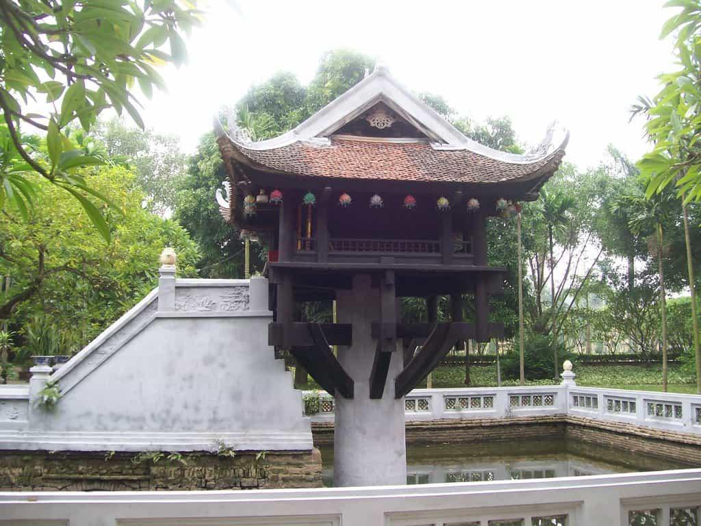Пагодата на една колона–реставрираният след изтласкването на французите символ на Ханой