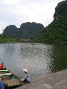 Оттук тръгват маршрутите на лодките в Чан Ан