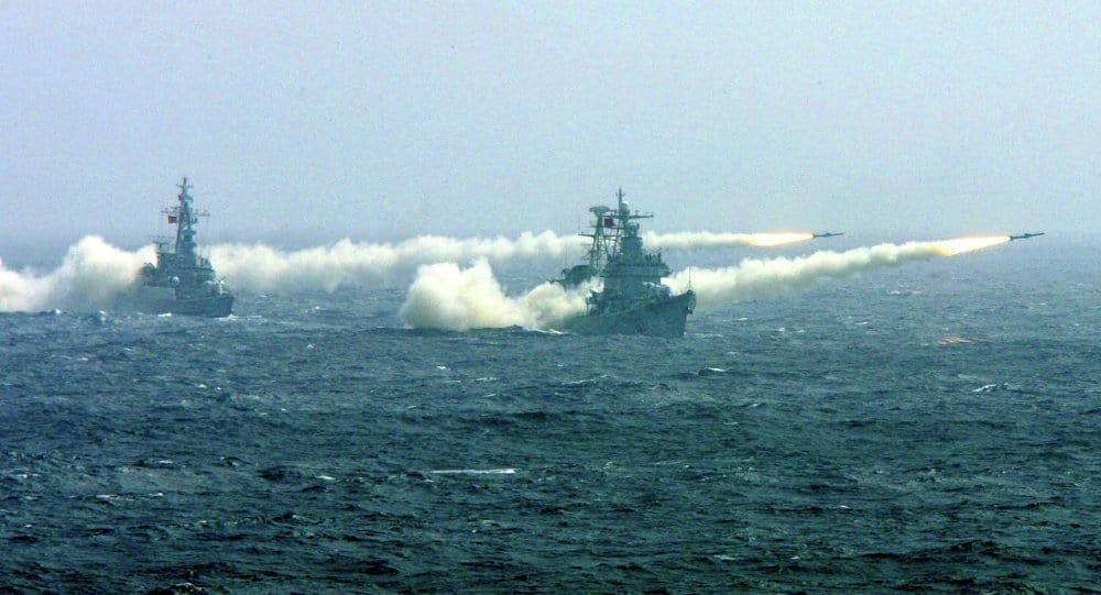 Американски кораби не пропускат да демонстрират сила в невралгичното заради териториални спорове Южнокитайско море. Снимка: sputniknews.com