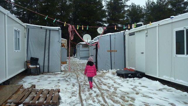 Бежанските лагери в Гърция вече са по-благоустроени, но все така фрустрират обитателите си. Снимка: eldiario.es