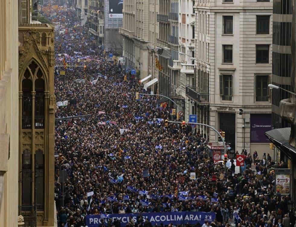 Барселонското шествие стана най-голямата демонстрация в Европа с искания за приемане на бежанци. Снимка: elpais