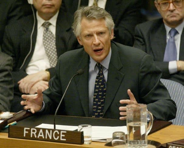 Доминик дьо Вилпен по време на речта си в ООН срещу замисляната война в Ирак през 2003 г. Снимка: julietinparis.net