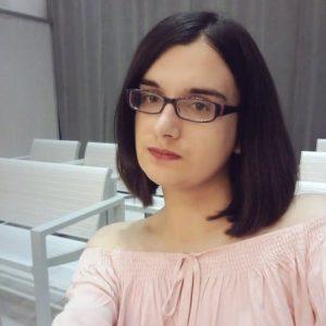 И тази снимка на Касандра Вера е от нейния Туитър