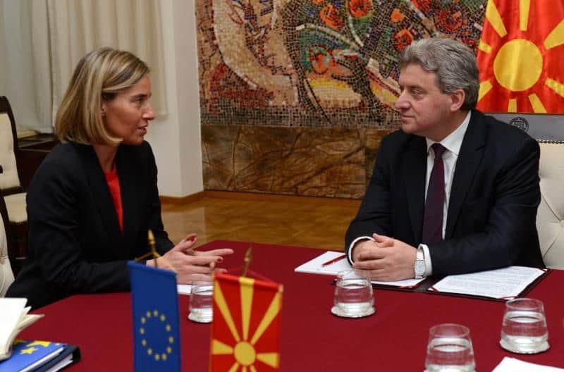 Федерика Могерини ясно сведе на Георге Иванов какво иска Брюксел. Снимка: balkaneu.com