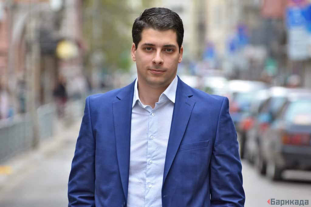 Атанас Пеканов: Популизмът се роди от хаоса на неолиберализма – Барикада