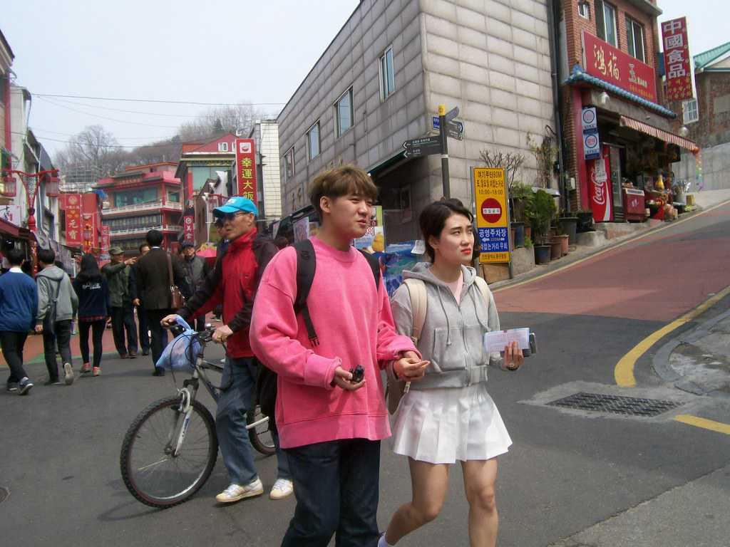 В Южна Корея е общоприето да се изрусяват и мъжете. Снимка: Къдринка Къдринова