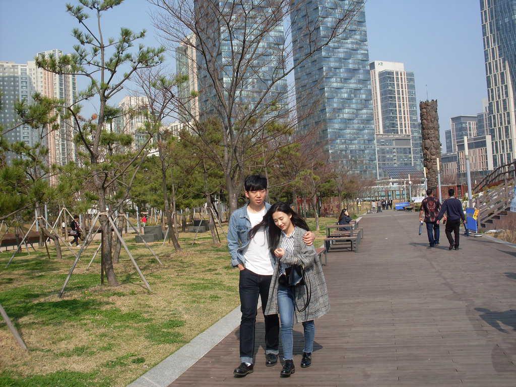В парка на Сонгдо. Снимка: Къдринка Къдринова