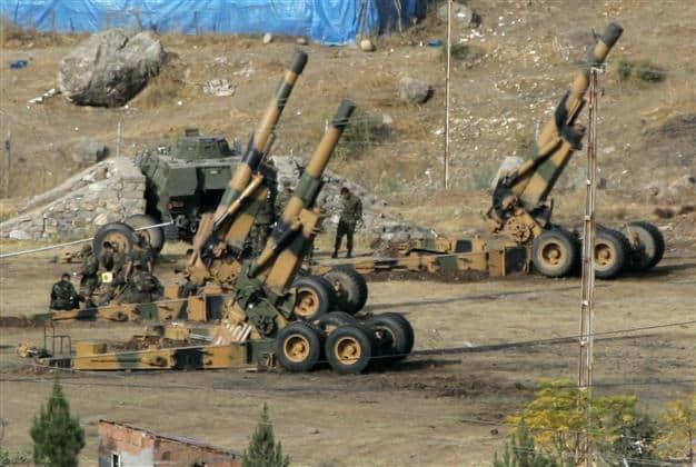 Турски военни установки са насочени срещу позиции на YPG в Северна Сирия. Снимка: hurriyetdailynews
