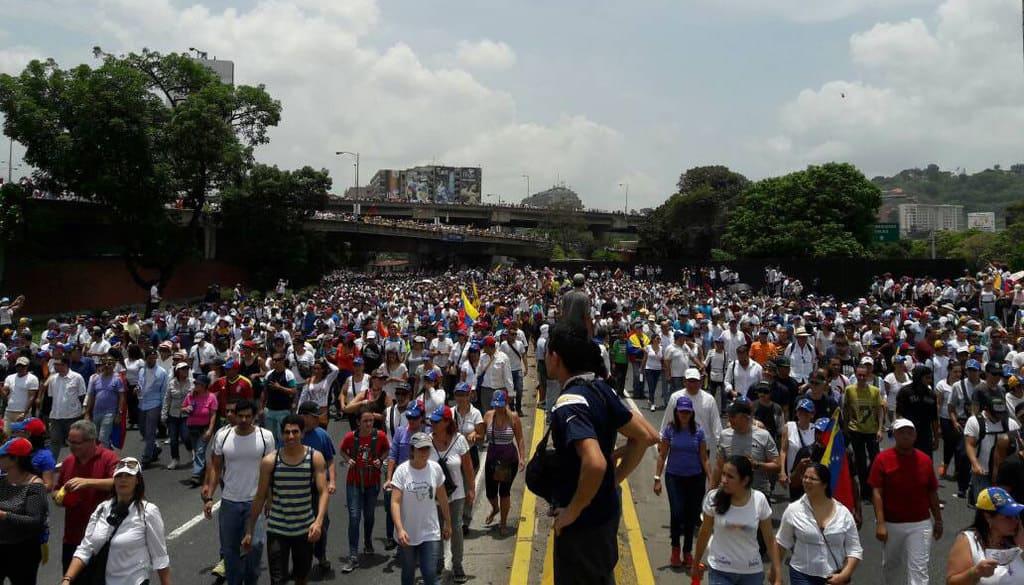 Още един кадър от опозиционното шествие. Снимка: el-carabobeno