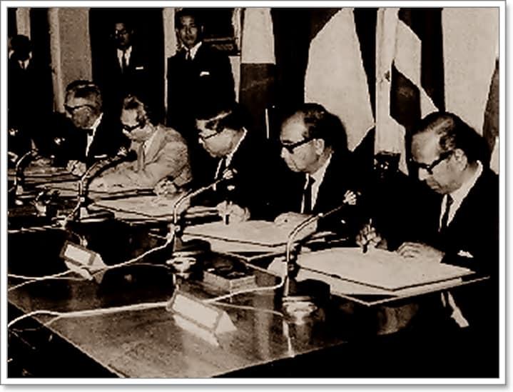 Подписването на Банкокската декларация на 8 август 1967 г. Снимка: aseangreenhub