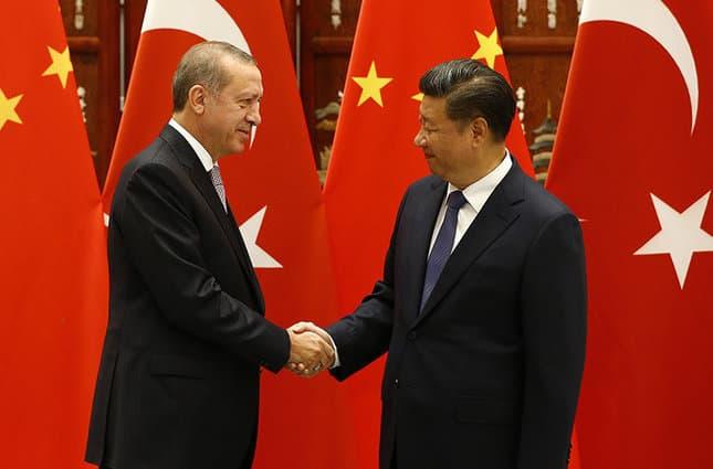 Ердоган и Си Цзинпин. Снимка: Sabah