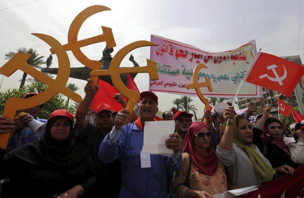 Симпатизанти на комунистическата партия в Ирак излязоха на първомайска демонстрация в столицата Багдад. Снимка: ЕФЕ