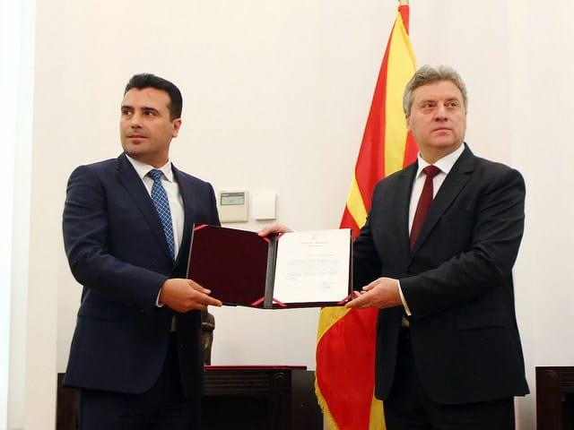 Зоран Заев получи най-после премиерски мандат от президента Георге Иванов. Снимка: MIA