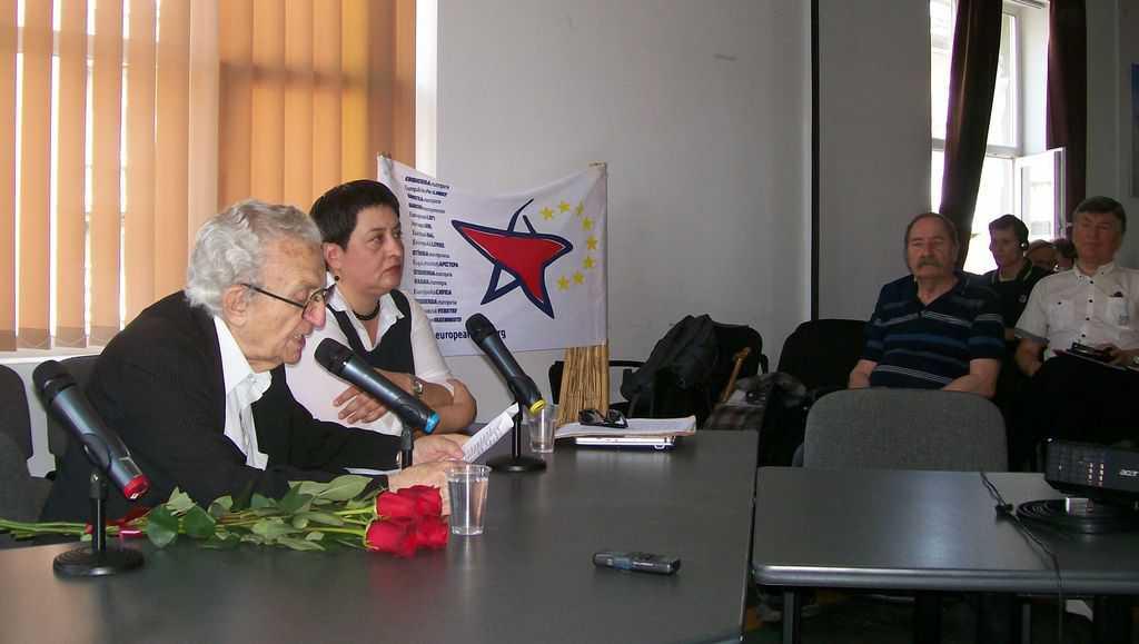 Анжел Вагенщайн и Маргарита Милева при отриването на конференцията. Снимка: Къдринка Къдринова