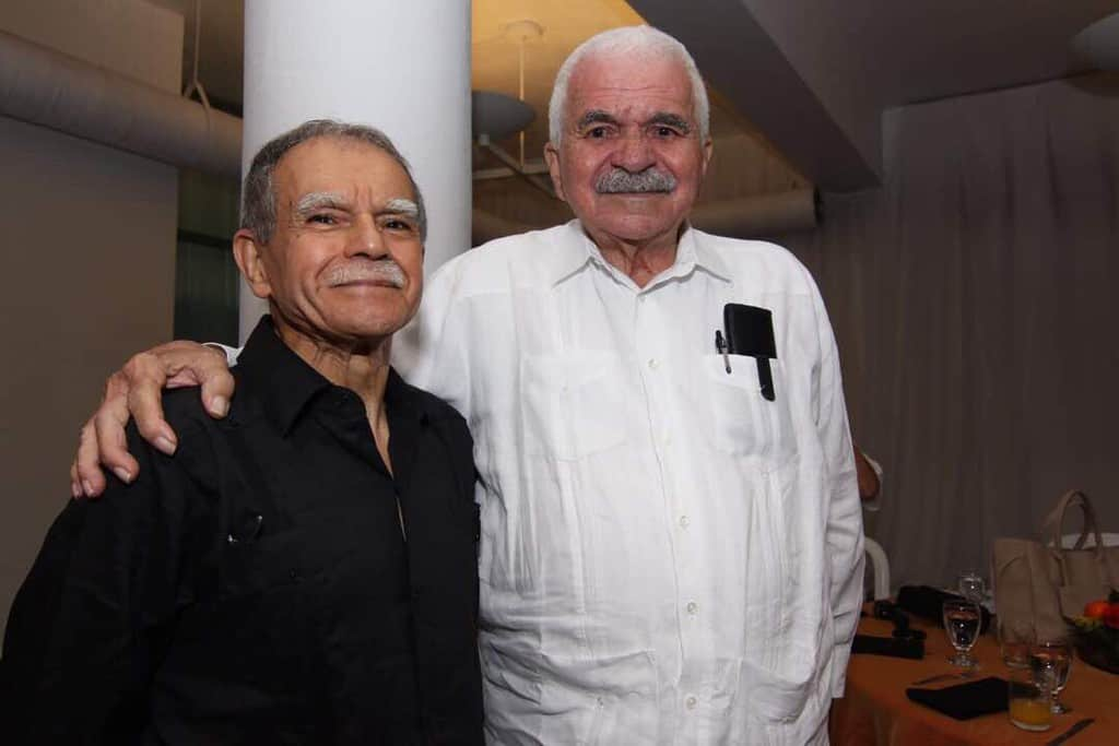 Оскар Лопес и Рафаел Кансел–двама ветерани, лежали десетилетия наред из американските затвори заради желанието си да видят Пуерто Рико свободно. Снимка: resumanlatinoamericano