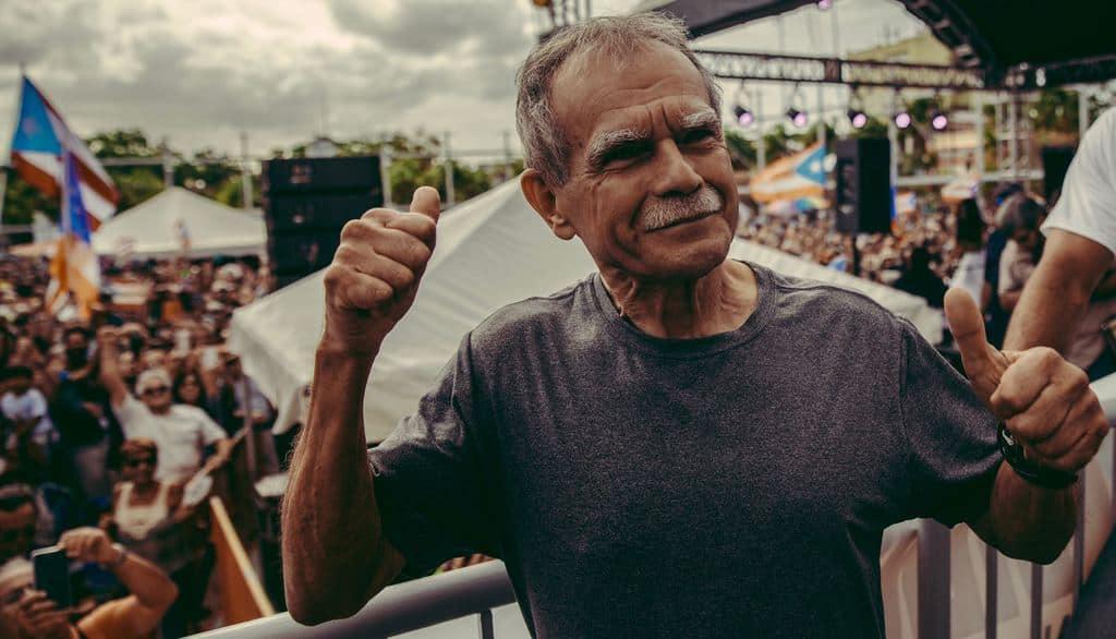 На всички митинги след освобождаването му Оскар Лопес демонстрира решимост да продължи борбата за независимост на Пуерто Рико. Снимка: resumenlatinoamericano