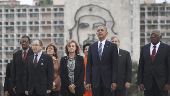 Доналд Тръмп е обсебен от амбицията да изтрие наследството на Барак Обама, включително и по кубинска линия. Въпреки това визитата на Обама в Хавана миналата година си остава световно историческо събитие. Снимка: Prensa Latina