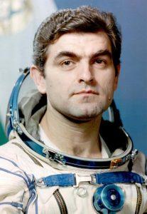 Вторият български космонавт Александър Александров лети през 1988 г.
