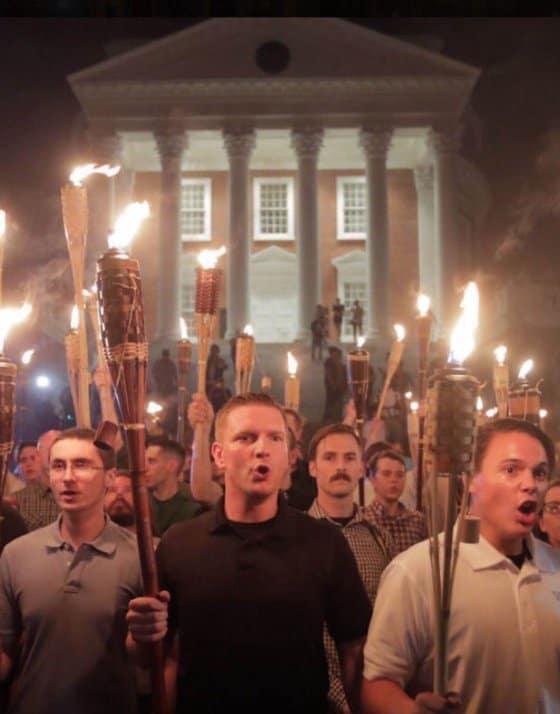 Участници в ултрадясното факелно шествие в Шарлотсвил. Снимка: Twitter