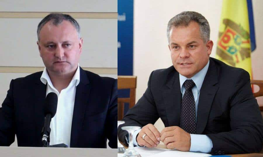 Президент Игор Додон (вляво) и олигархът Владимир Плахотнюк са дуото, което движи политиката в Република Молдова