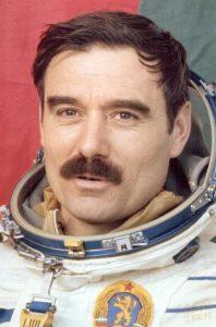 Първият български космонавт Георги Иванов лети през 1979 г.