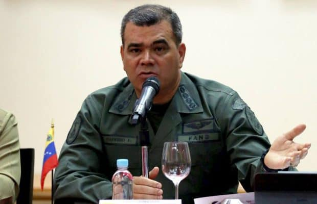 Военният министър Владимир Падрино Лопес. Снимка: Resumen Latinoamericano