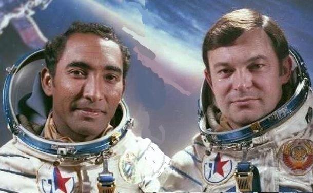 Арналдо Тамайо и Юрий Романенко са били не само отлично сработил се екипаж, но и добри приятели.