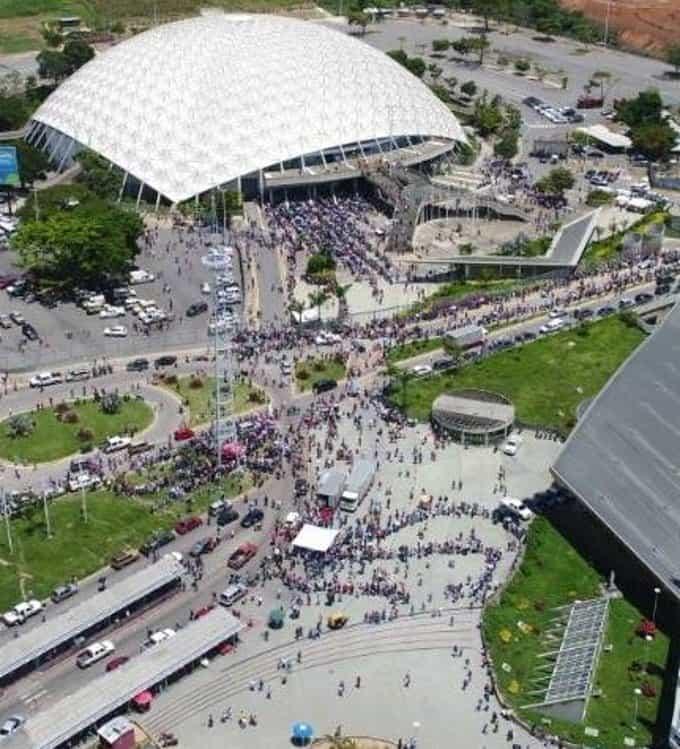 Poliedro de Caracas в деня на изборите от птичи поглед. Снимка: Resuman Latinoamericano